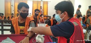 PMI Jember Vaksinasi Ratusan Warga Binaan Lapas Klas IIA