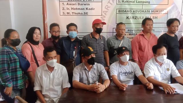 Konferensi pers menindak lanjuti Penolakan Mobil pengangkut Batu Bara Jangan Lewat Jalan Lampura