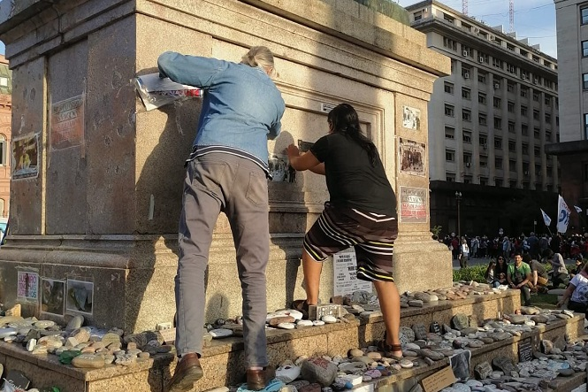Máximo repudio a un hecho vandálico contra la memoria de los muertos por COVID