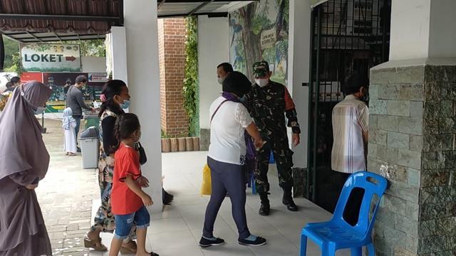 Kompak Bersama Dinas Terkait Personel Jajaran Kodim 0207/Simalungun Laksanakan Monitoring PPKM ll
