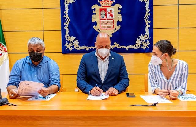 Cabildo de Fuerteventura firma un convenio con Ayuntamiento capitalino  para la mejora del paseo marítimo de Puerto del Rosario
