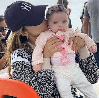 Zulay Henao with her daughter  Kennedy