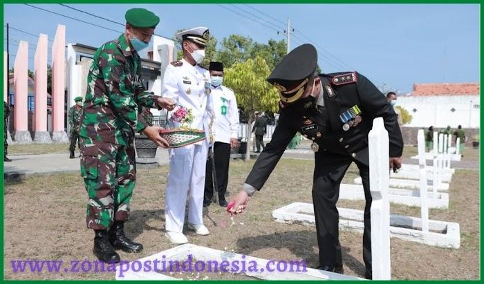 Kapolres Situbondo Mengikuti Ziarah Nasional HUT ke – 76 TNI