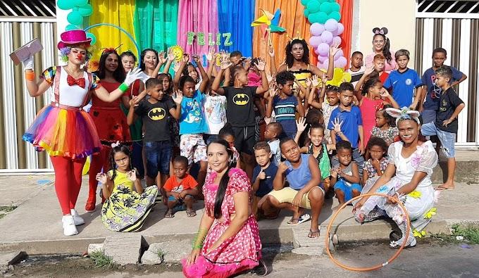 Turma da Alegria realiza festa das crianças na Morada Nova