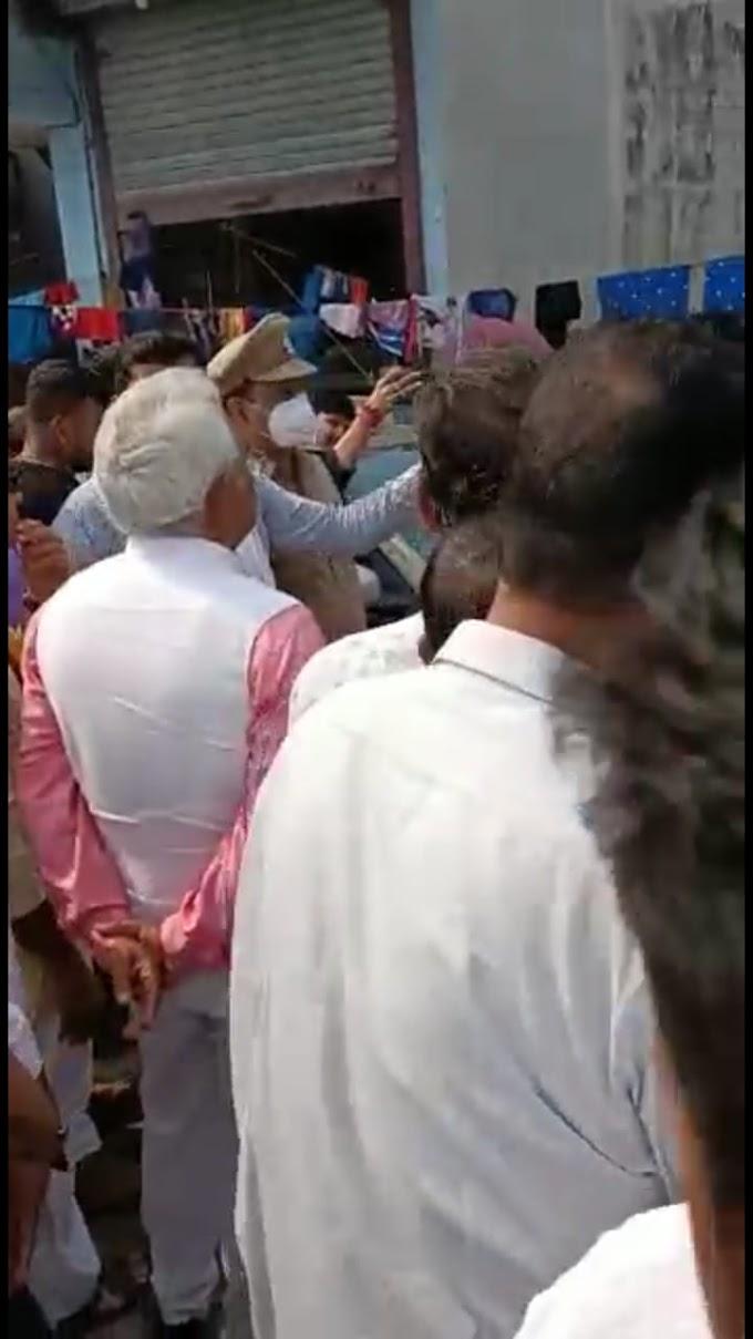 देखिए वीडियो: रूद्रपुर में कहा मेयर रामपाल से नाराज आपदा पीड़ितों ने भाजपा प्रदेश अध्यक्ष मदन कौशिक का किया विरोध ।