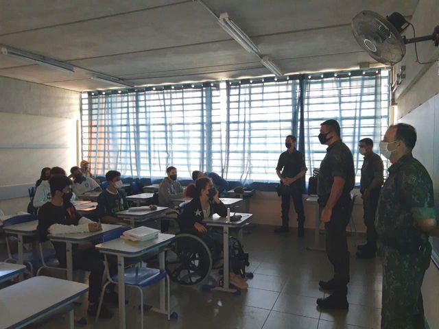 Atividade de Educação Ambiental - Palestra na Escola Elza Orsini em Registro-SP