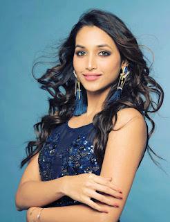 KGF Movie Actress Srinidhi Shetty Hot Photoshoot Pics