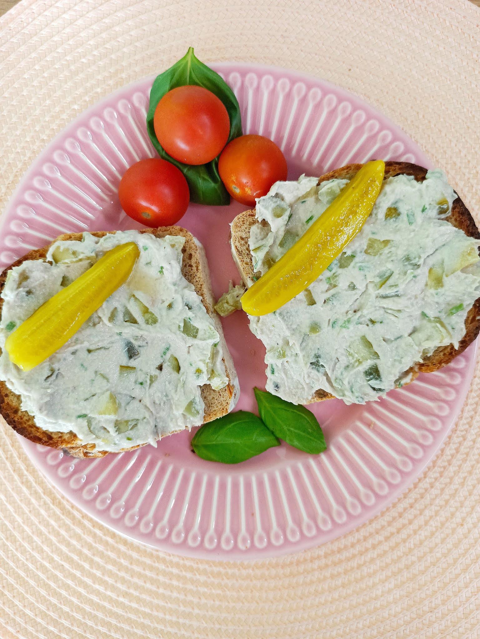 Pasta z makreli z ogórkiem konserwowym