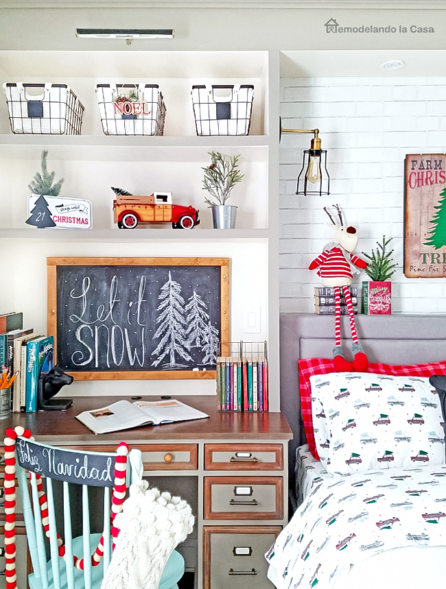 Christmas in the boy room - gray and red