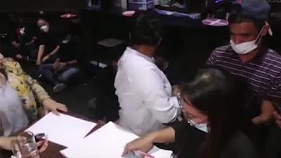 Polisi Gerebek KTV Scorpio Medan, Belasan Orang Diamankan