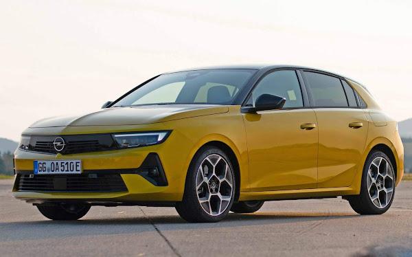 Новая Astra 2022 начинает продаваться в Европе - цена € 22,465