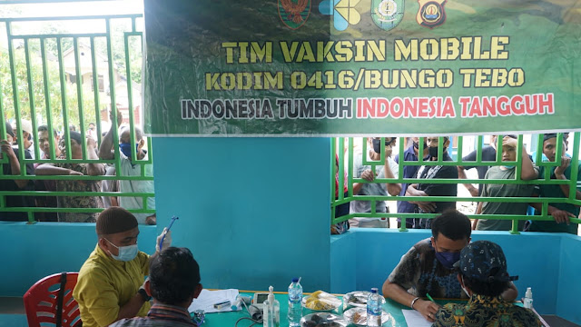Tim Vaksin Mobile Kodim 0416/Bute Terus Sasar Warga ke Pelosok Desa