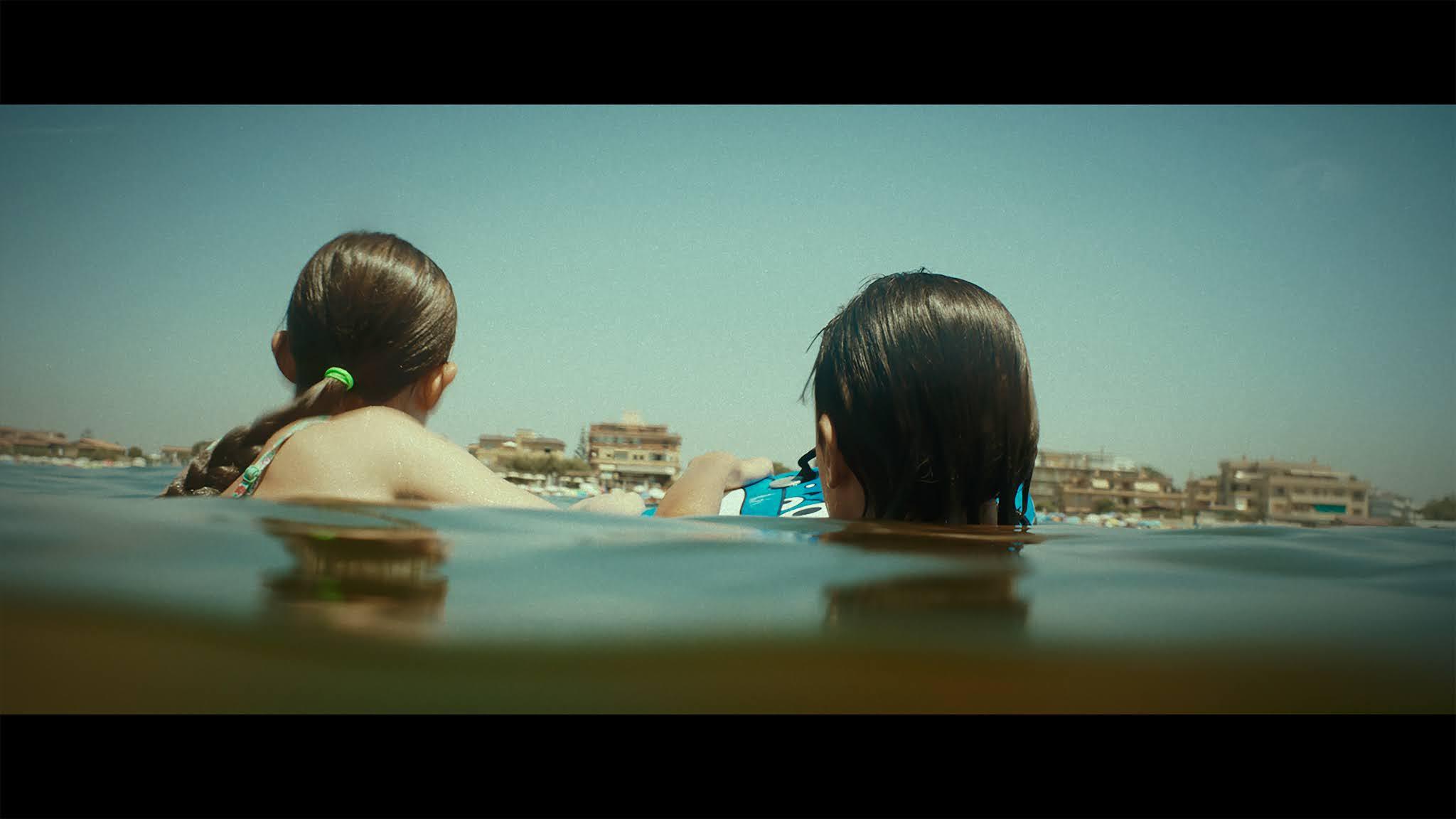 Film Storia di Vacanze, Favolacce