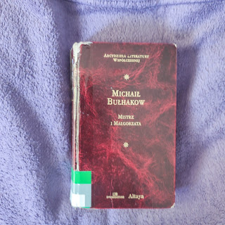 Mistrz i Małgorzata Michaił Bułhakow (lifestyle girl)