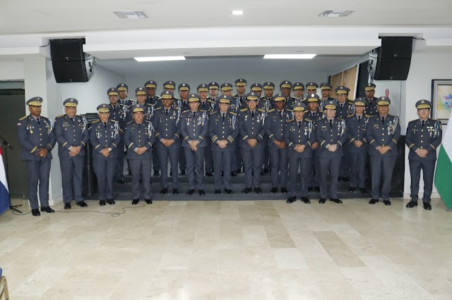 Pedro Henriquez Comunicaciones Policia Nacional : Policía Nacional apresa dos hombres simularon haber sido víctimas de atracos