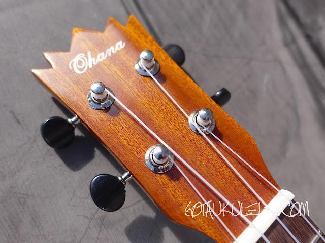 Ohana TPK-25G Sopranino ukulele headstock