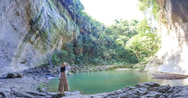 台南楠西蝙蝠洞瀑布秘境別有洞天充滿神秘感,輕鬆到達拍美照