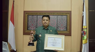 Pemkab Samosir Raih Penghargaan Anugerah Parahita Ekapraya
