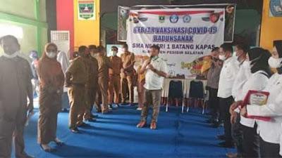 Polda Sumbar Gelar Vaksinasi di SMA Negeri 1 Batang Kapas Pessel