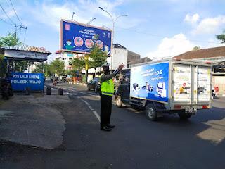 Urai Kemacetan, Satlantas Polres Pelabuhan Makassar Lakukan Gatur Saat Rawan Macet