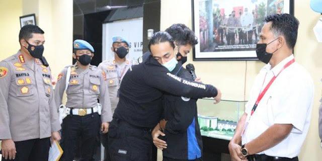 Demi Kepercayaan Rakyat, HNW Minta Sanksi Tegas Polisi yang Banting Mahasiswa hingga Kejang-kejang