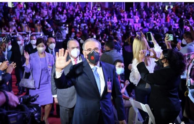 Danilo toma las riendas del PLD y desde mañana irá a las calles.