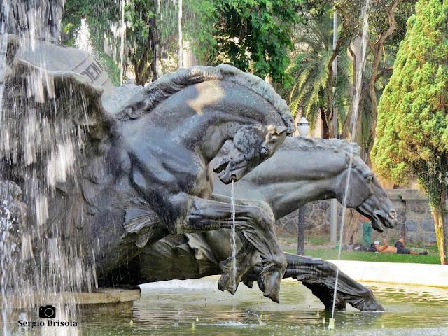 Close-up das Esculturas Cavalos da Fonte Glória, Ordem e Progresso - República - São Paulo