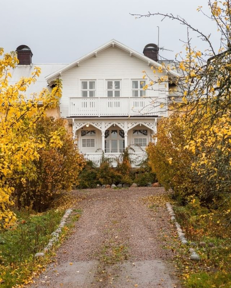 A Beautiful Swedish Country Home With Touches of Autumn