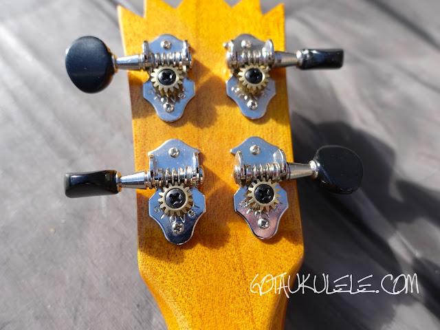 Ohana TPK-25G Sopranino ukulele tuners