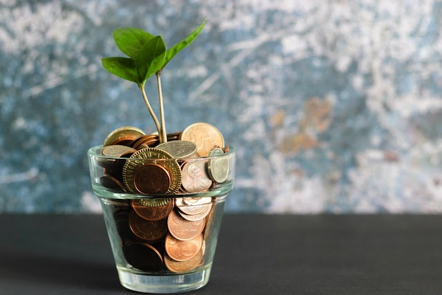 21 CREATIVE WAYS FOR YOU TO SAVE YOUR MONEY