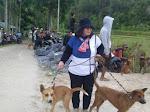 Tata, Perempuan Minang dari Payakumbuh Punya Hobi Berburu Babi