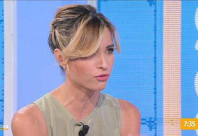Monica Giandotti conduttrice TV Unomattina 22 ottobre 2021