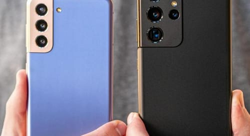 Samsung is using the 6.1 inch version of the Galaxy S22
