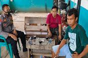 Dekatkan Diri Dengan Warga Desa Binaan, Bhabinkamtibmas Polsek Petir Ajak Ngopi Wae Warga