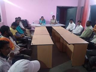 शांति समिति की बैठक में नवरात्रि गरबा आयोजकों को दी शासन की दिशा निर्देश की जानकारी