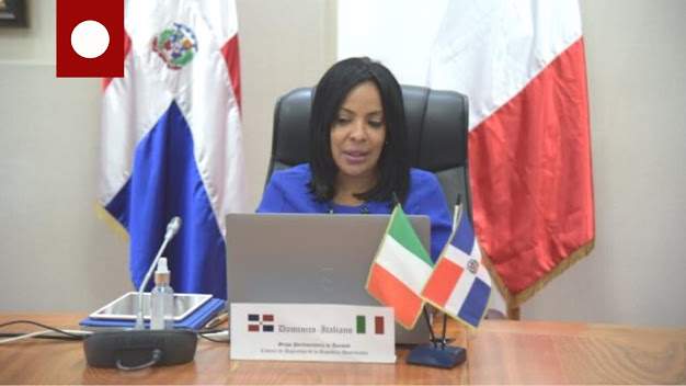 La diputada de ultramar Lily Florentino, representa a República Dominicana