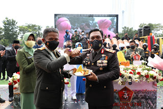 Kapolda Sumut Beri Surprise Kepada Pangdam I/BB di HUT ke 76 TNI