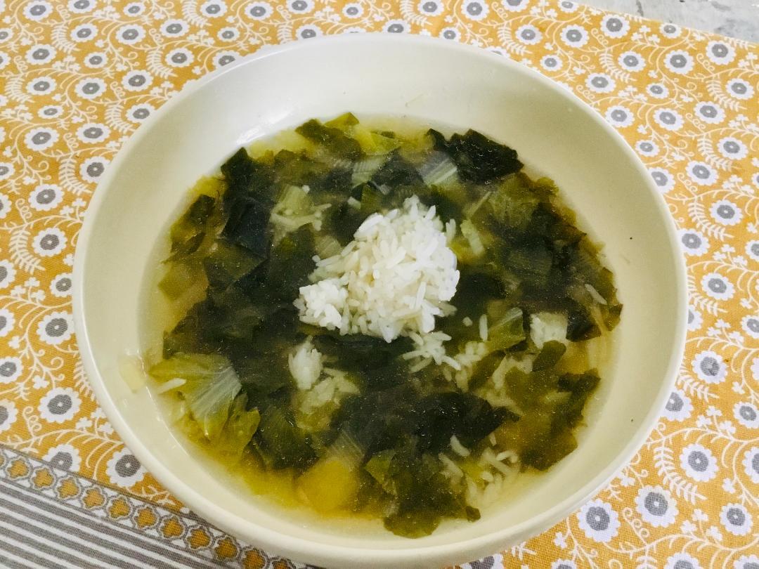 escarole soup, oil-free soup, gluten=free soup