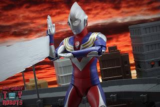 S.H. Figuarts -Shinkocchou Seihou- Ultraman Tiga Multi Type 23