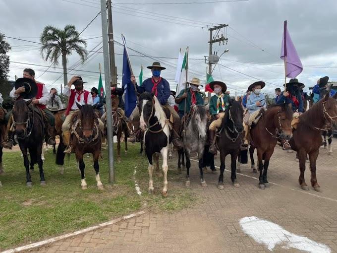 Cavaleiros de Cachoeirinha lançam a 1ª Cavalgada Cultural Tradicionalista Farrapa