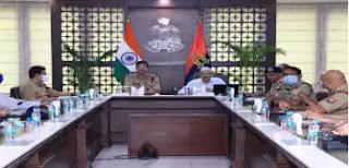 उत्तर प्रदेश पुलिस महानिदेशक द्वारा पुलिस कार्य से सम्बन्धित विभिन्न एप्स के सम्बन्ध में की बैठक