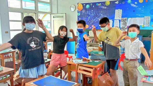 朝興國小自編生活化課程 活潑教學找回孩子學習樂趣