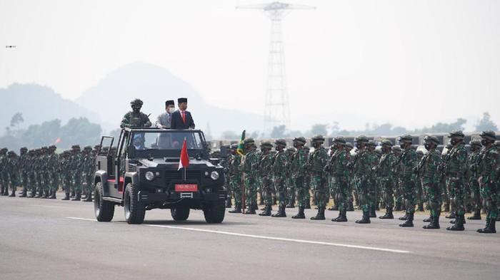 Duh! Usai Diresmikan Jokowi, Muncul Kekhawatiran Anggota Komcad Terlatih Bisa Jadi Preman