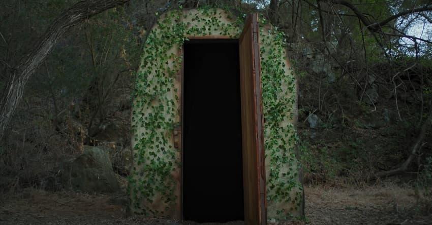 Короткометражка дня - Хоррор-сериал The Door in the Woods по мотивам крипипасты