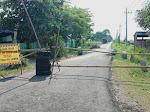Diduga Tidak Sesuai Spek, Pengerjaan Jalan Desa Sumengko Nganjuk Dinilai Asal-Asalan