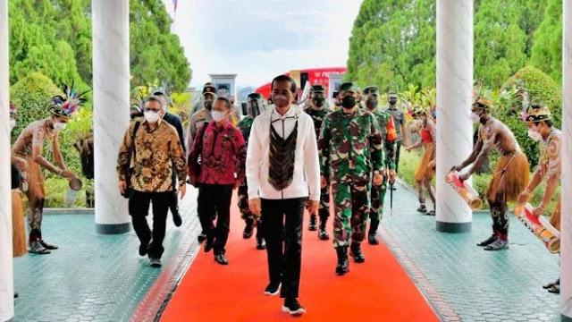 Jokowi: Papua Youth Creative Hub Pondasi Masa Depan Indonesia