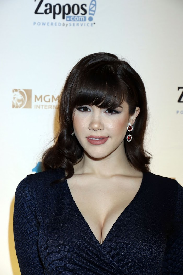 Claire Sinclair Net Worth, Income, Salary, Earnings, Biography, How much money make?