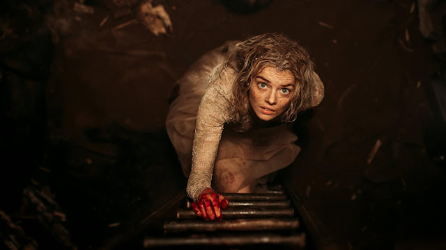 Samara Weaving como a protagonista Grace, de Casamento Sangrento