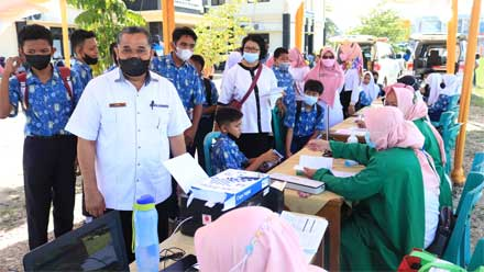 Vaksinasi Covid-19 di Diknas Payakumbuh