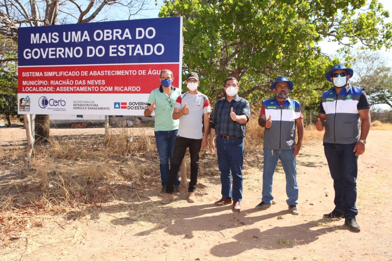 Deputado Antonio Henrique Júnior honra compromisso e leva água para o Assentamento Dom Ricardo